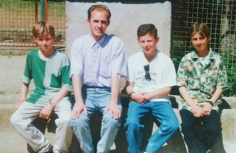 Seid Zimic prije 20 ak godina sa ucenicima