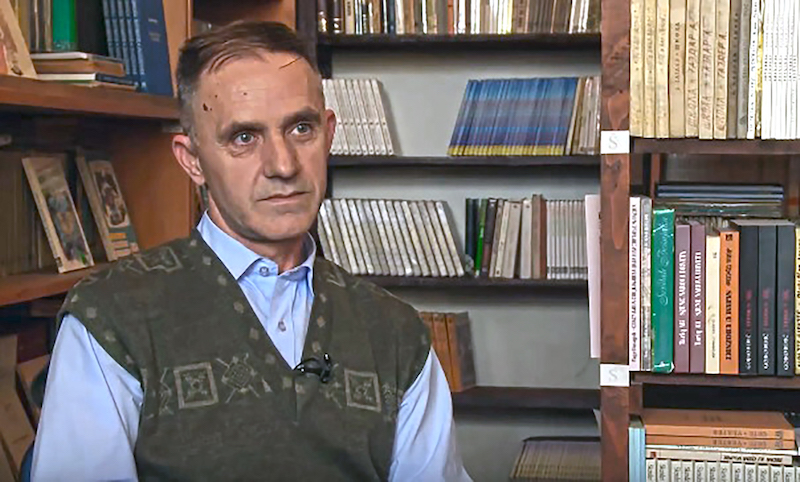 Seid Zimic u biblioteci OS Musa Cazim Catic Visoko