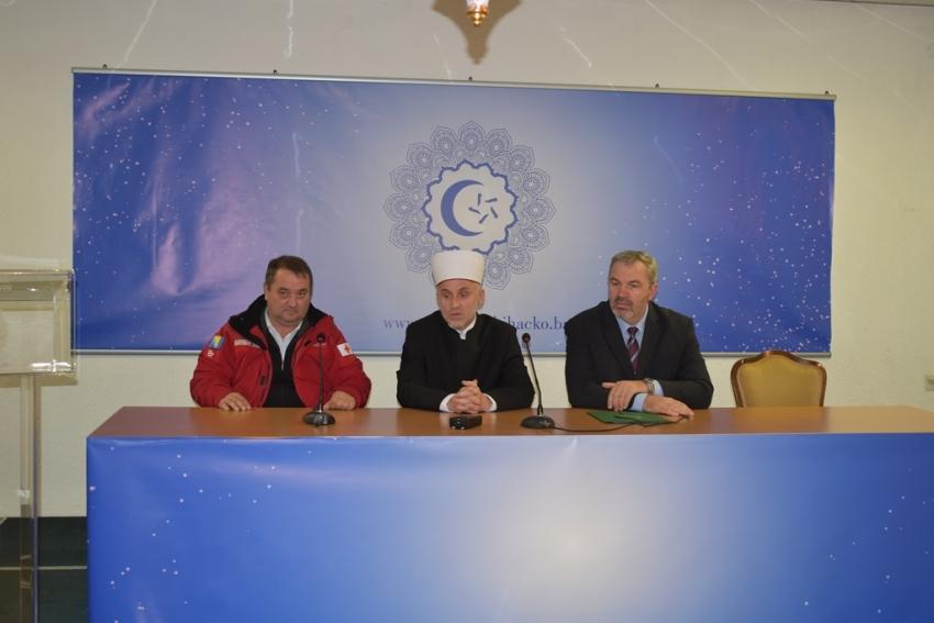 Islamska zajednica donirala 50.000 KM Crvenom križu USK