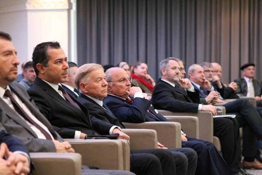 """""""Suživot Jevreja i muslimana u Bosni i Hercegovini: 200 godina od Sarajevskog purima"""""""