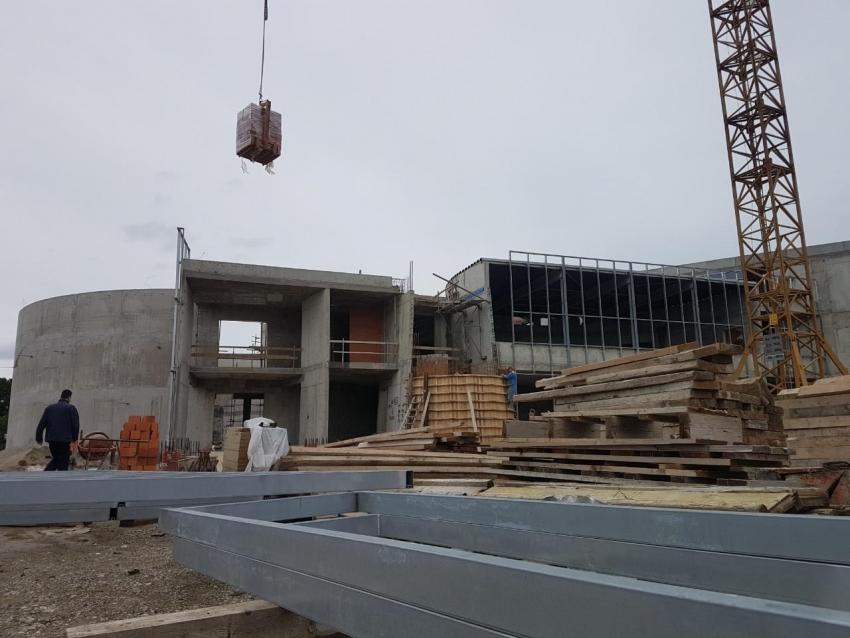 Izgradnja munare IKC Sisak i završetak kupole