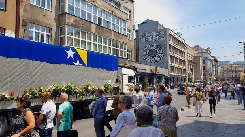 VIDEO Ispraćaj 33 žrtve genocida iz Sarajeva